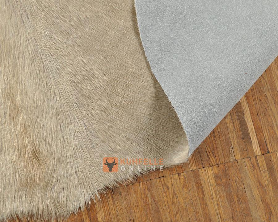 kuhfell teppich grau hellbeige 210 x 160 cm. Black Bedroom Furniture Sets. Home Design Ideas